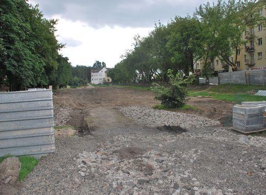 Przy Olszynki Grochowskiej rozpoczyna się budowa skweru