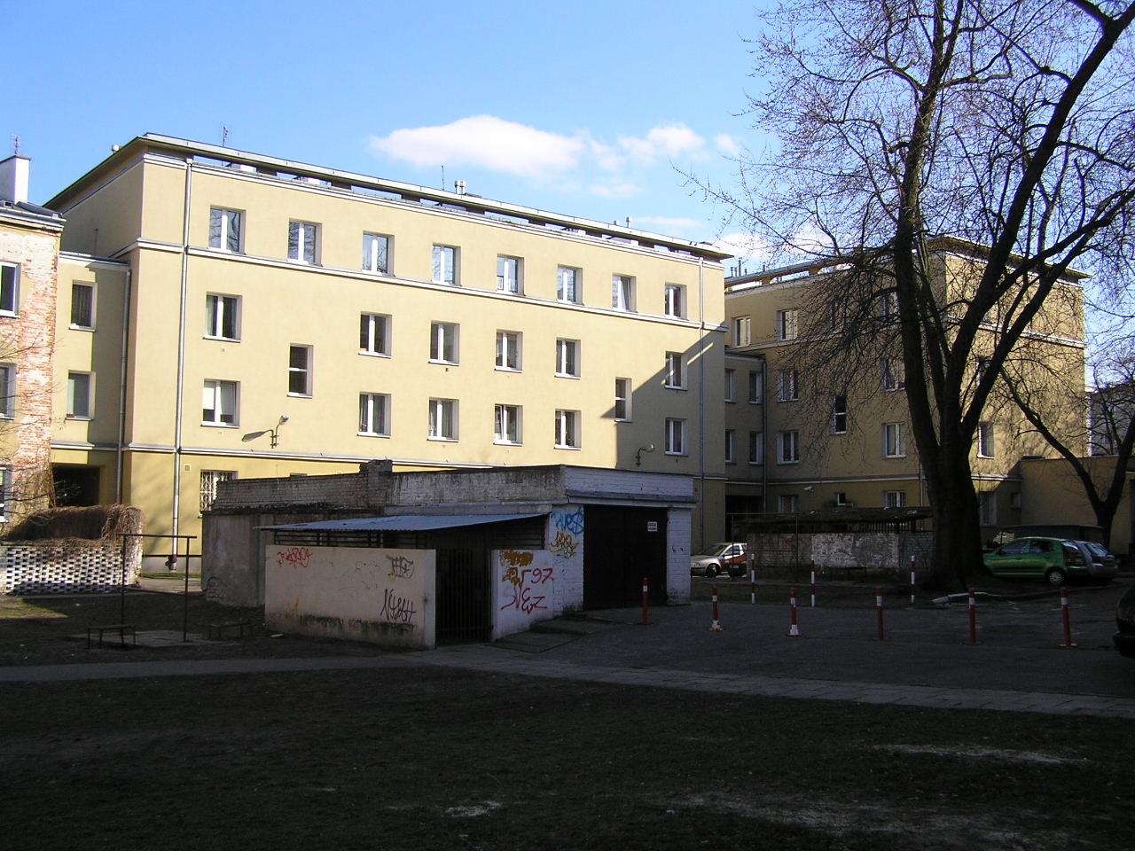Budynek przy ulicy Rębkowskiej 1 na Grochowie