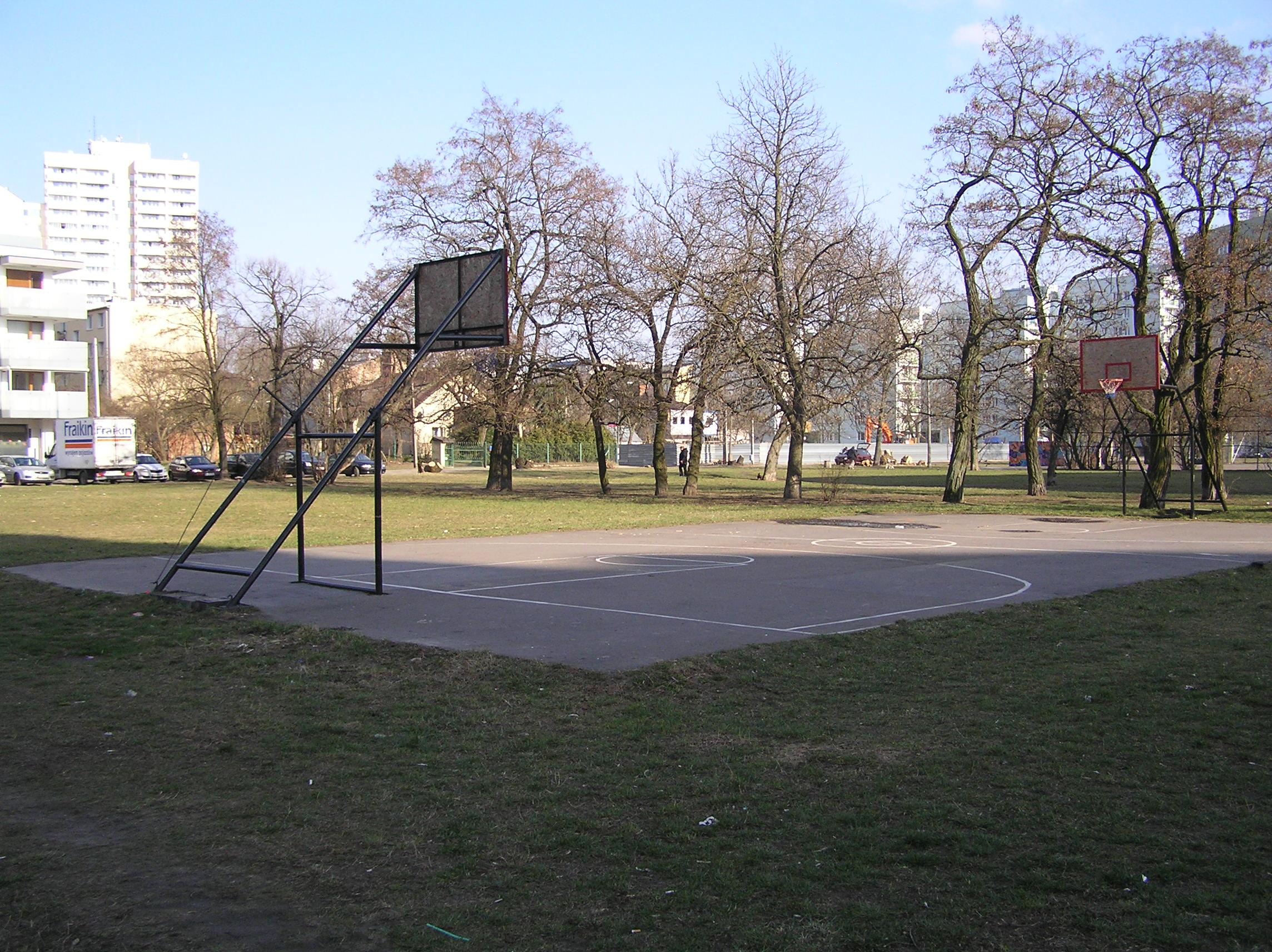 Modernizacja skwerku przy Majdańskiej coraz bliżej