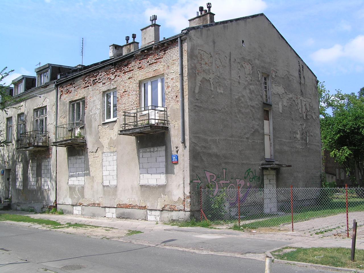 Kamienica przy ulicy Krypskiej 31A na Grochowie