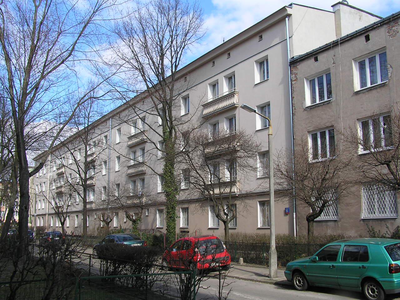 Budynek przy ulicy Rębkowskiej 14 na Grochowie
