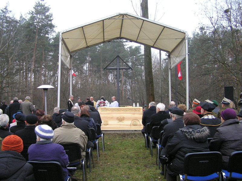 Msza polowa w 182. rocznicę wybuchu Powstania Listopadowego