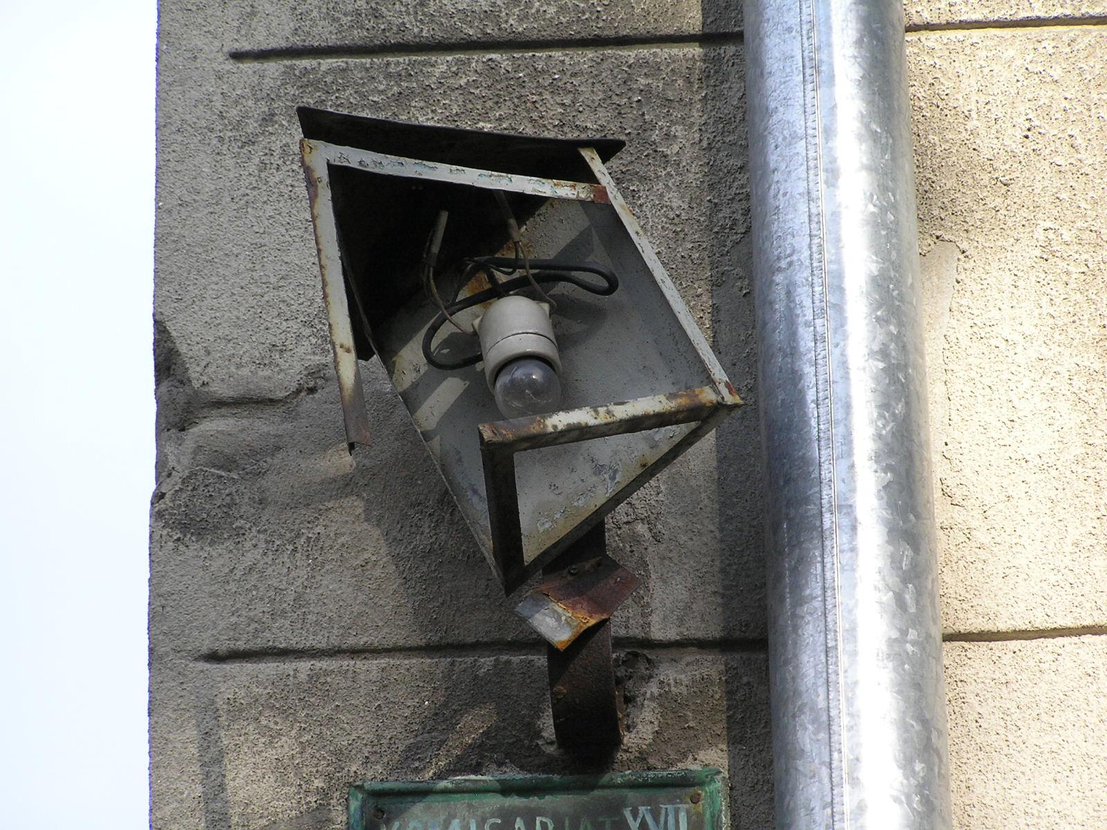 Przedwojenna latarenka adresowa na Stoczkowskiej 6
