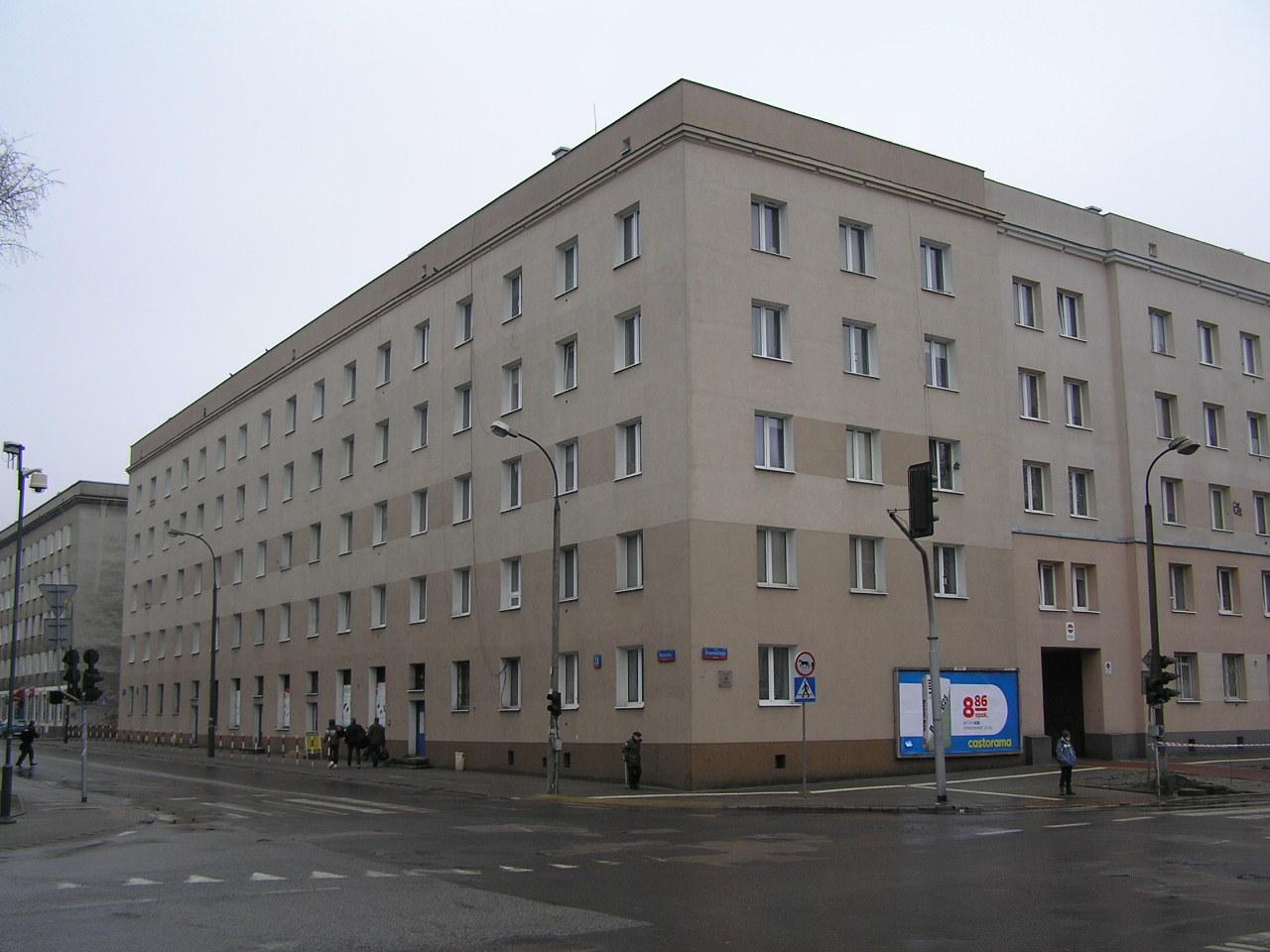 Budynek przy ulicy Wiatracznej 23 na Grochowie