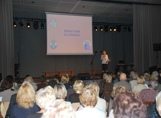 Inauguracja roku akademickiego Grochowskiego Uniwersytetu Trzeciego Wieku