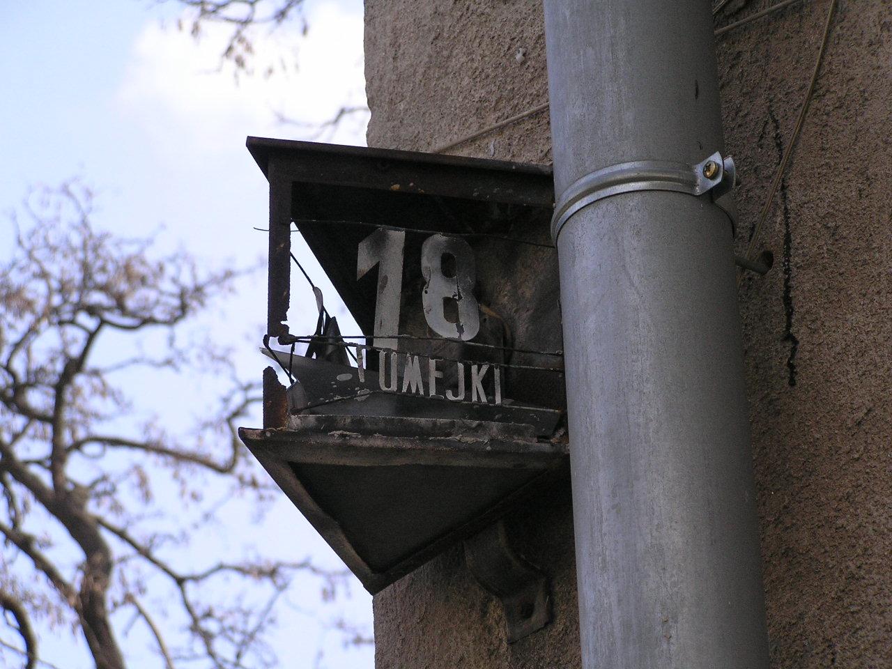 Latarenka adresowa - Domeyki 18