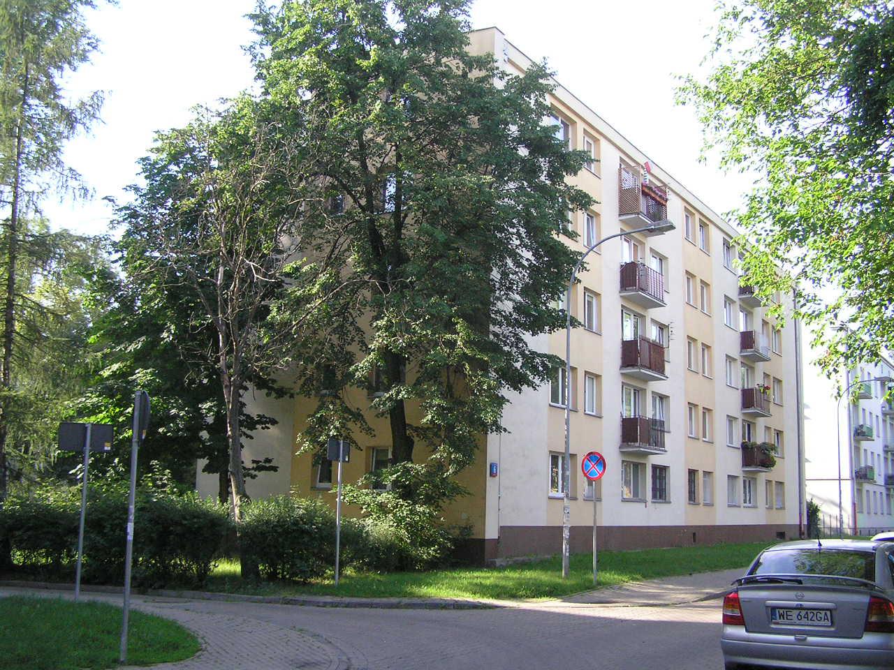 Budynek przy ulicy Daszowskiej 6 na Grochowie
