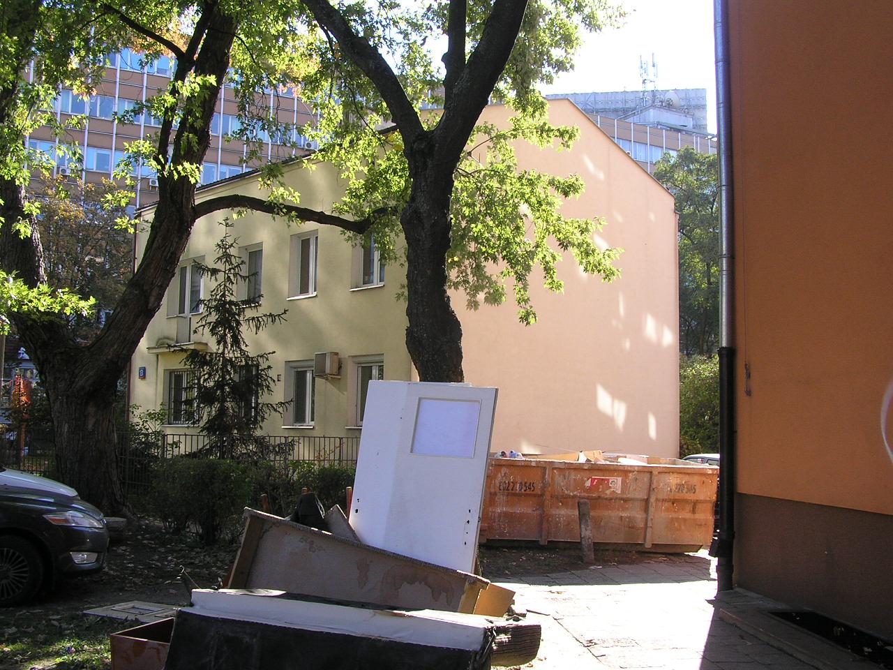 Bełchatowska 13