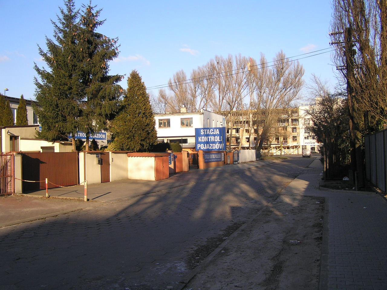 Przetarg na projekt przebudowy ulicy Dęblińskiej