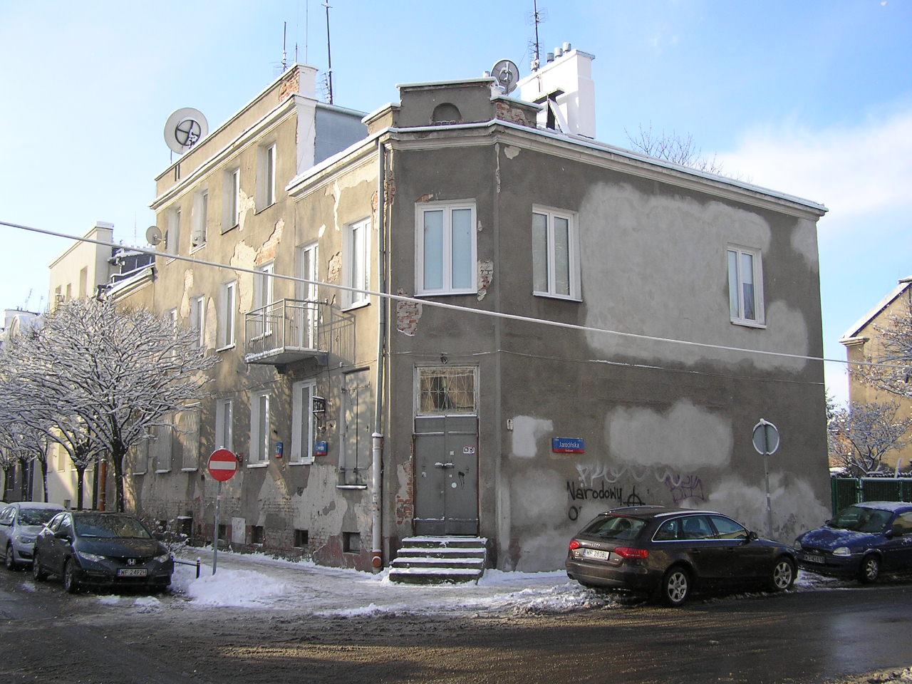 Kamienica przy ulicy Kawczej 47 na Grochowie