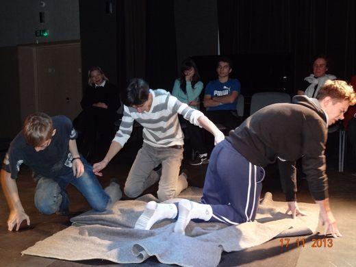 Uczniowie wystawili dramat