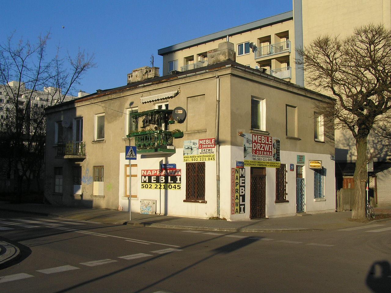 Kamienica przy ulicy Krypskiej 19 na Grochowie