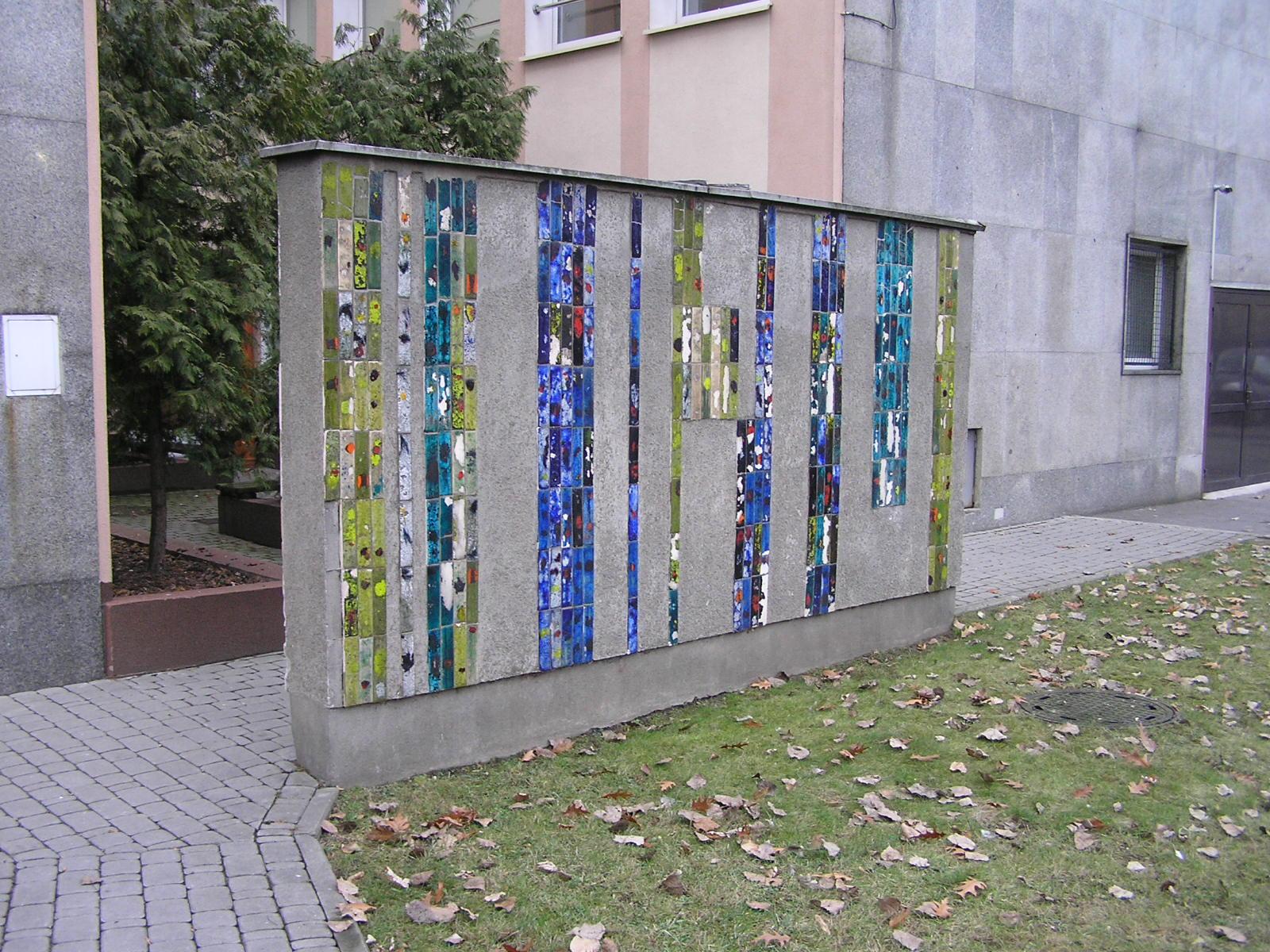 Kolorowa mozaika przy ulicy Grochowskiej 262 na Grochowie