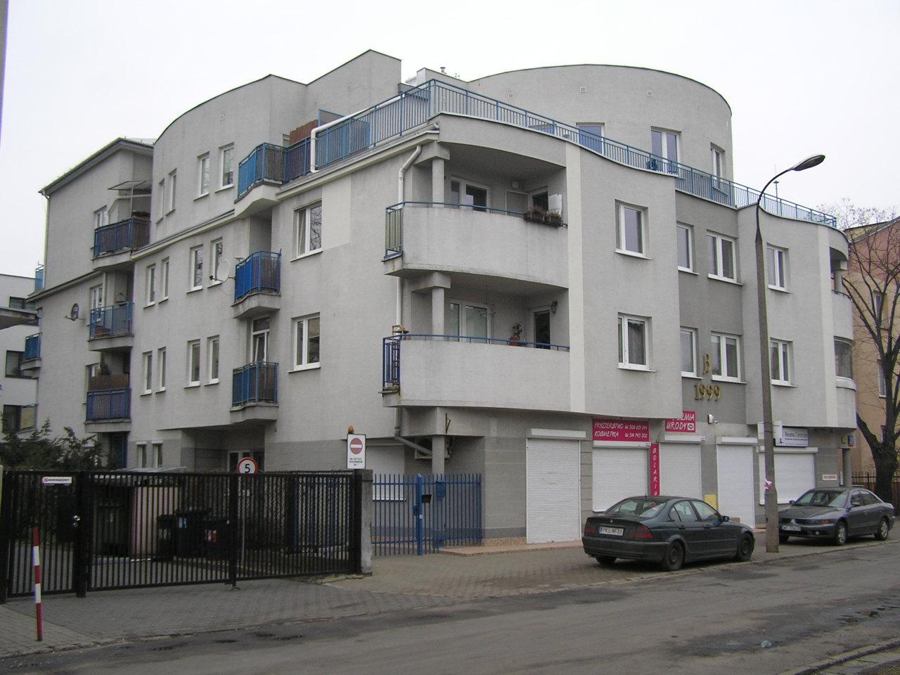Budynek przy ulicy Hetmańskiej 27 na Grochowie