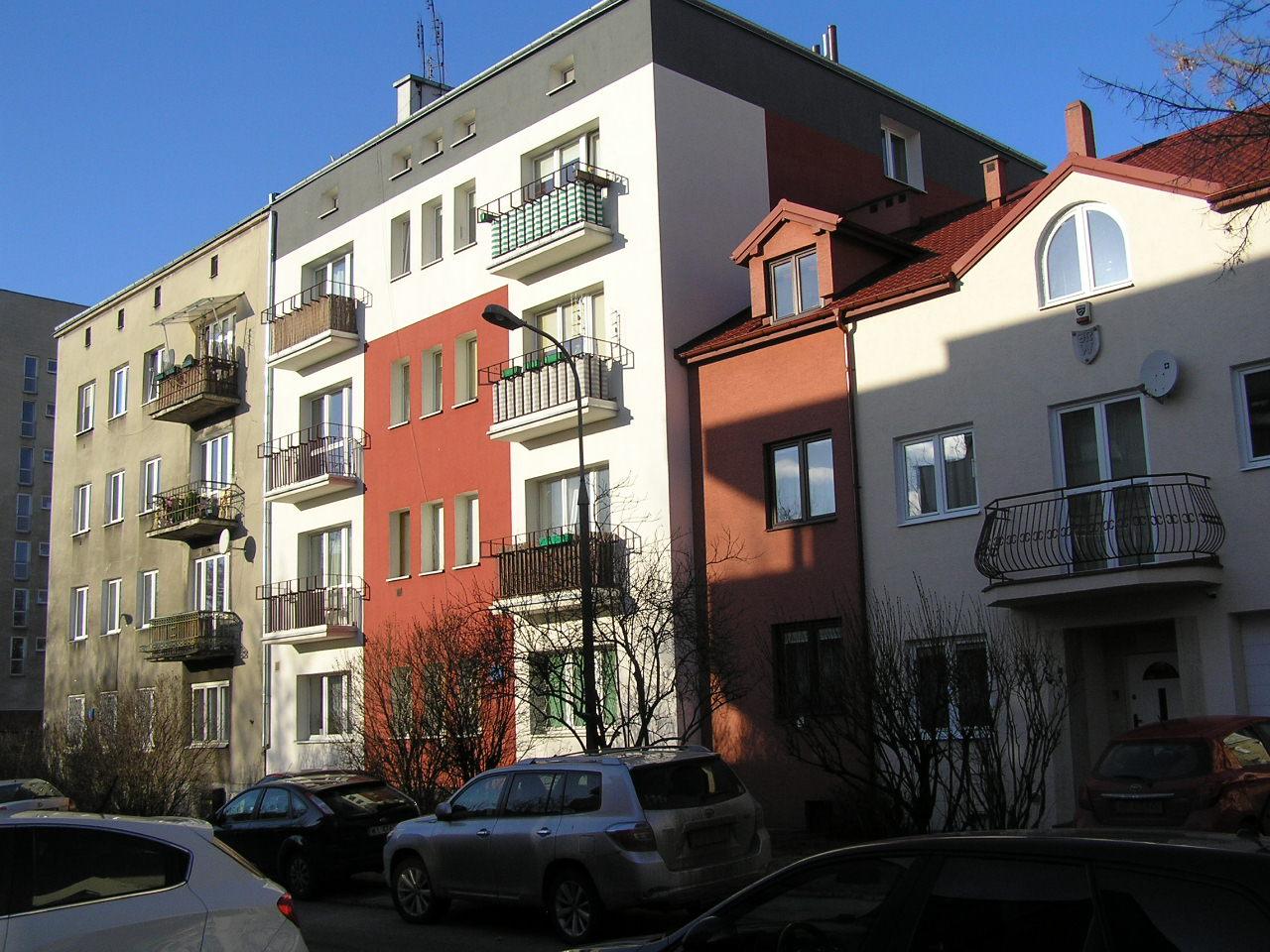 Budynek przy ulicy Lubomira 4A na Grochowie