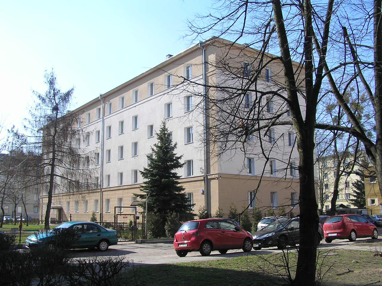 Budynek przy ulicy Siennickiej 19A na Grochowie