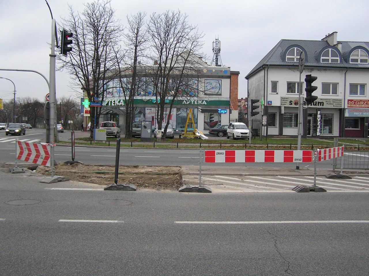 Trwa budowa przejścia naziemnego na Grochowskiej