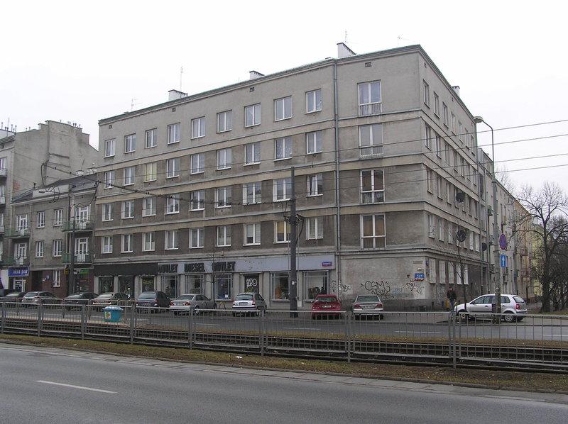 Zabytkowy budynek przy Grochowskiej 241
