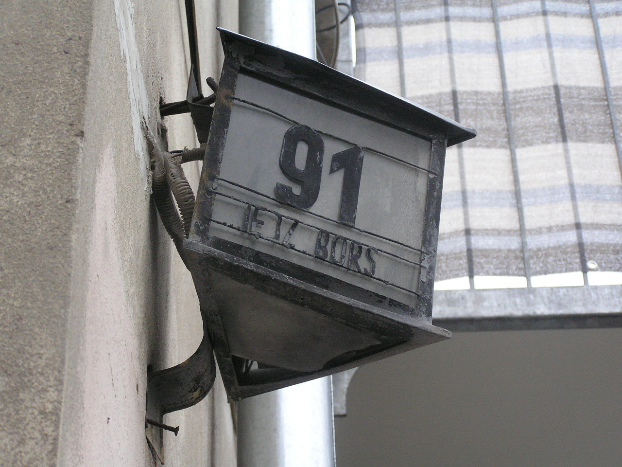 Latarenka adresowa - Międzyborska 91