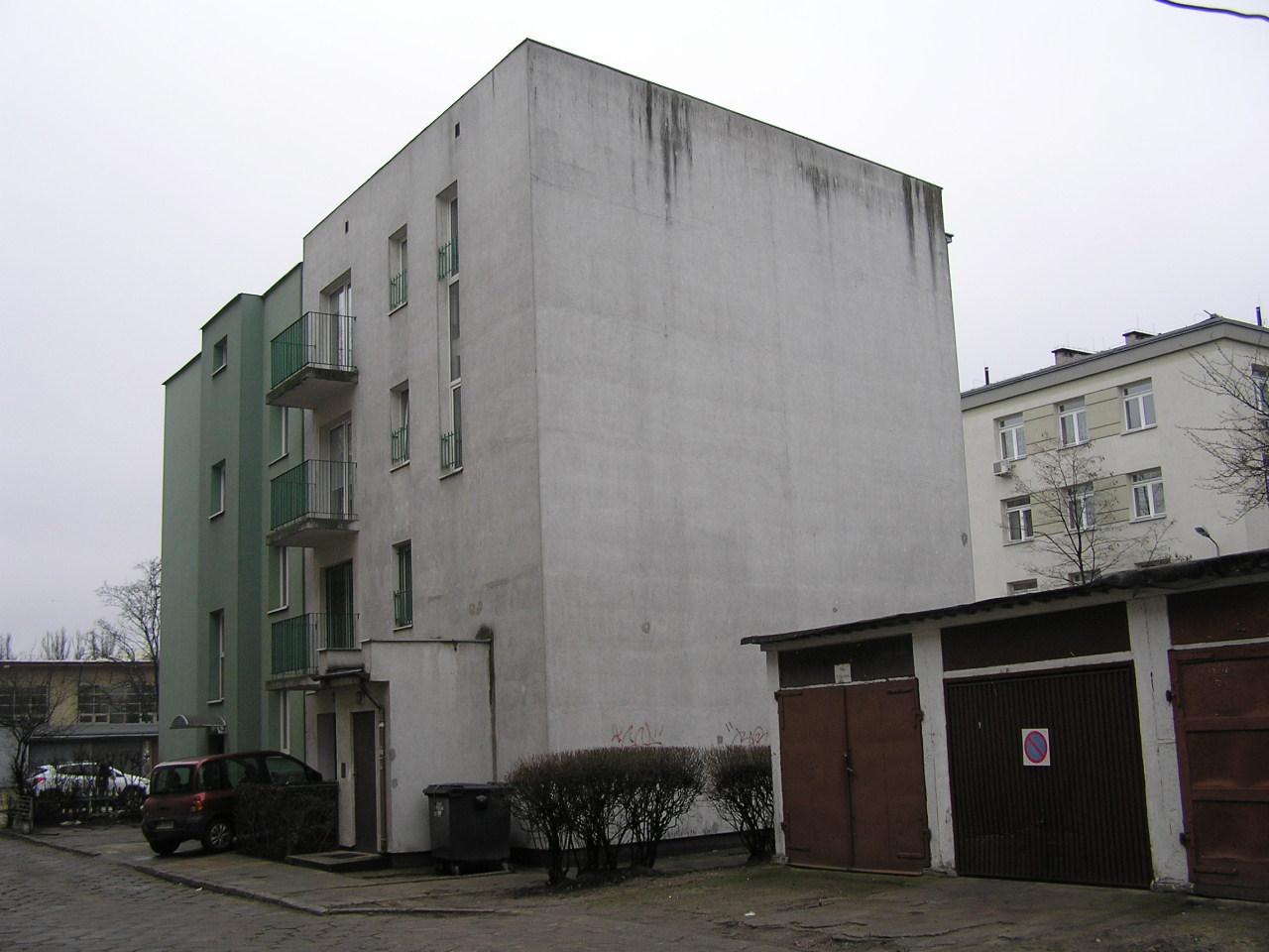 Budynek przy ulicy Kickiego 22A na Grochowie