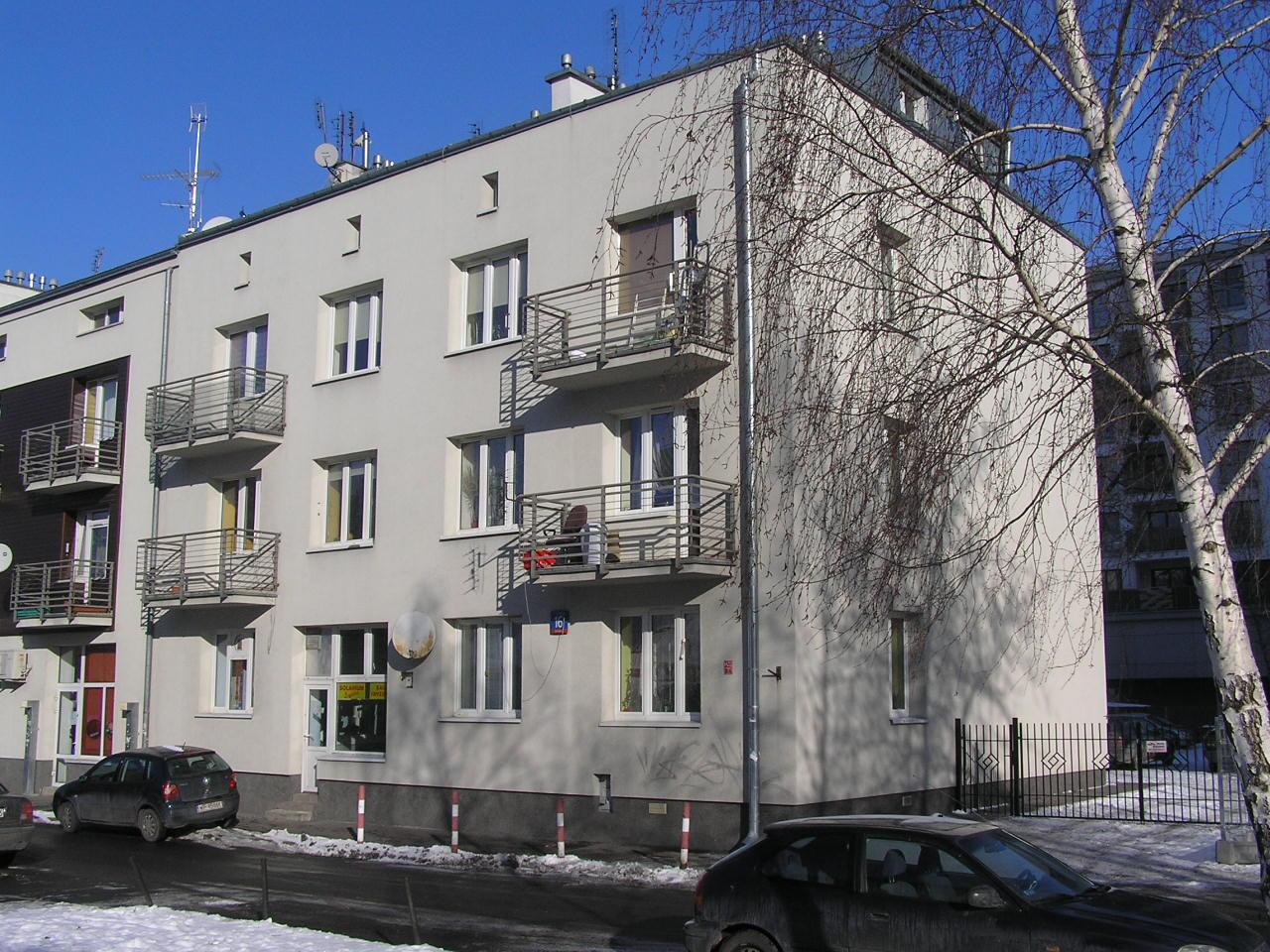 Kamienica przy ulicy Ostrołęckiej 16 na Grochowie