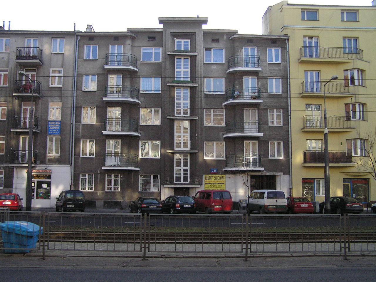 Zabytkowa kamienica przy Grochowskiej 231 na Grochowie