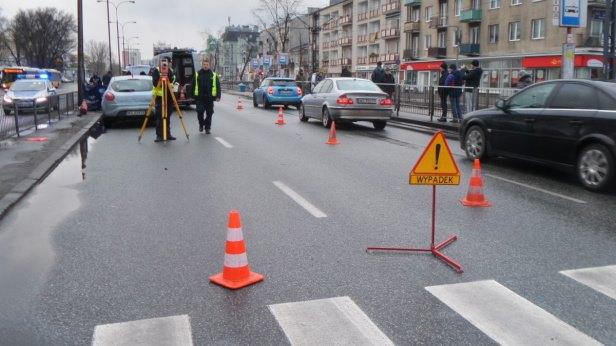 Śmierć kobiety na pasach przy Placu Szembeka