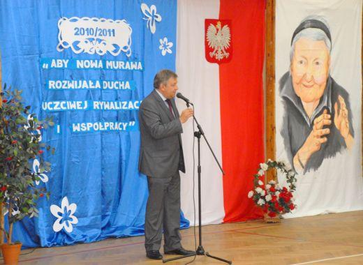 Uoczyście zainaugurowano nowy rok szkolny 2010/2011