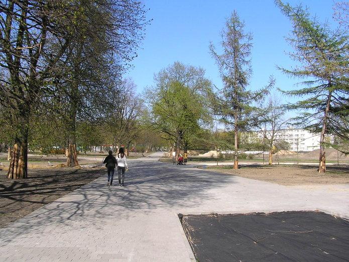 Społecznicy niezadowoleni z modernizacji parku Polińskiego