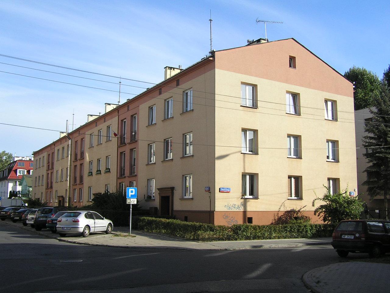 Żółkiewskiego 24