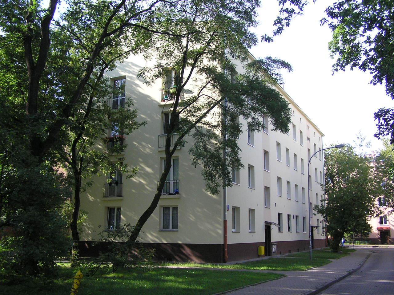Budynek przy ulicy Daszowskiej 2 na Grochowie