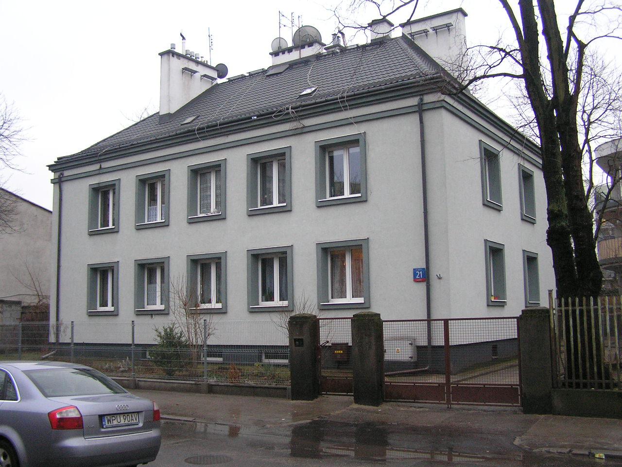 Budynek przy Igańskiej 21 na Grochowie