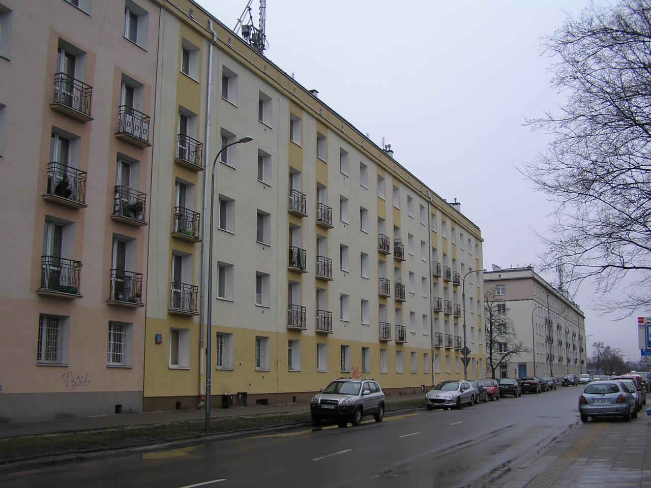 Budynek przy ulicy Wiatracznej 25 na Grochowie