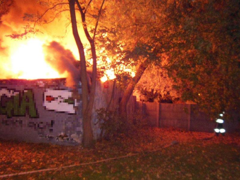 Pożar strawił garaż przy Nizinnej