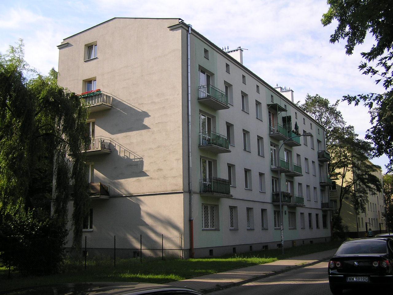 Budynek przy ulicy Daszowskiej 4 na Grochowie