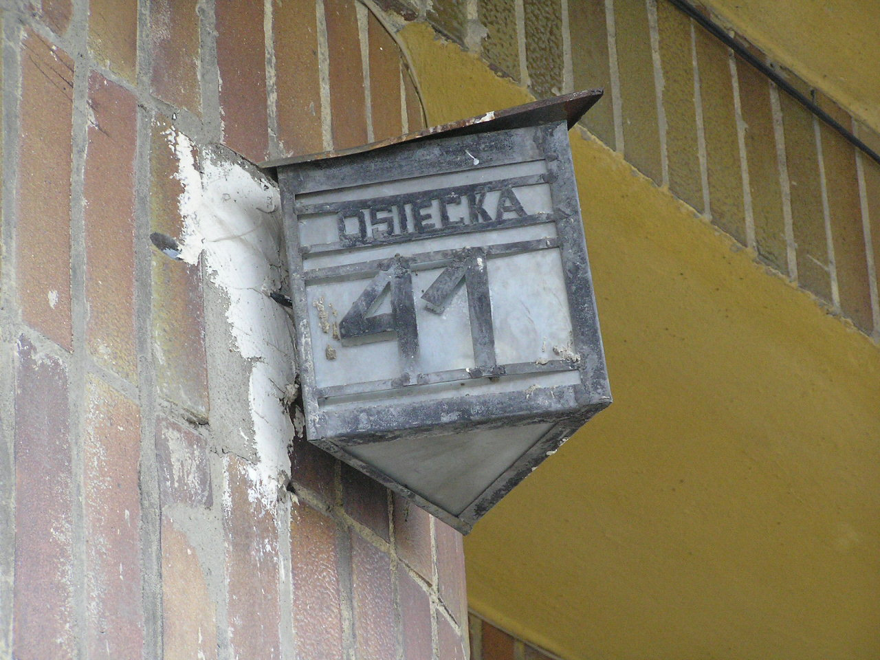 Latarenka adresowa - Osiecka 41