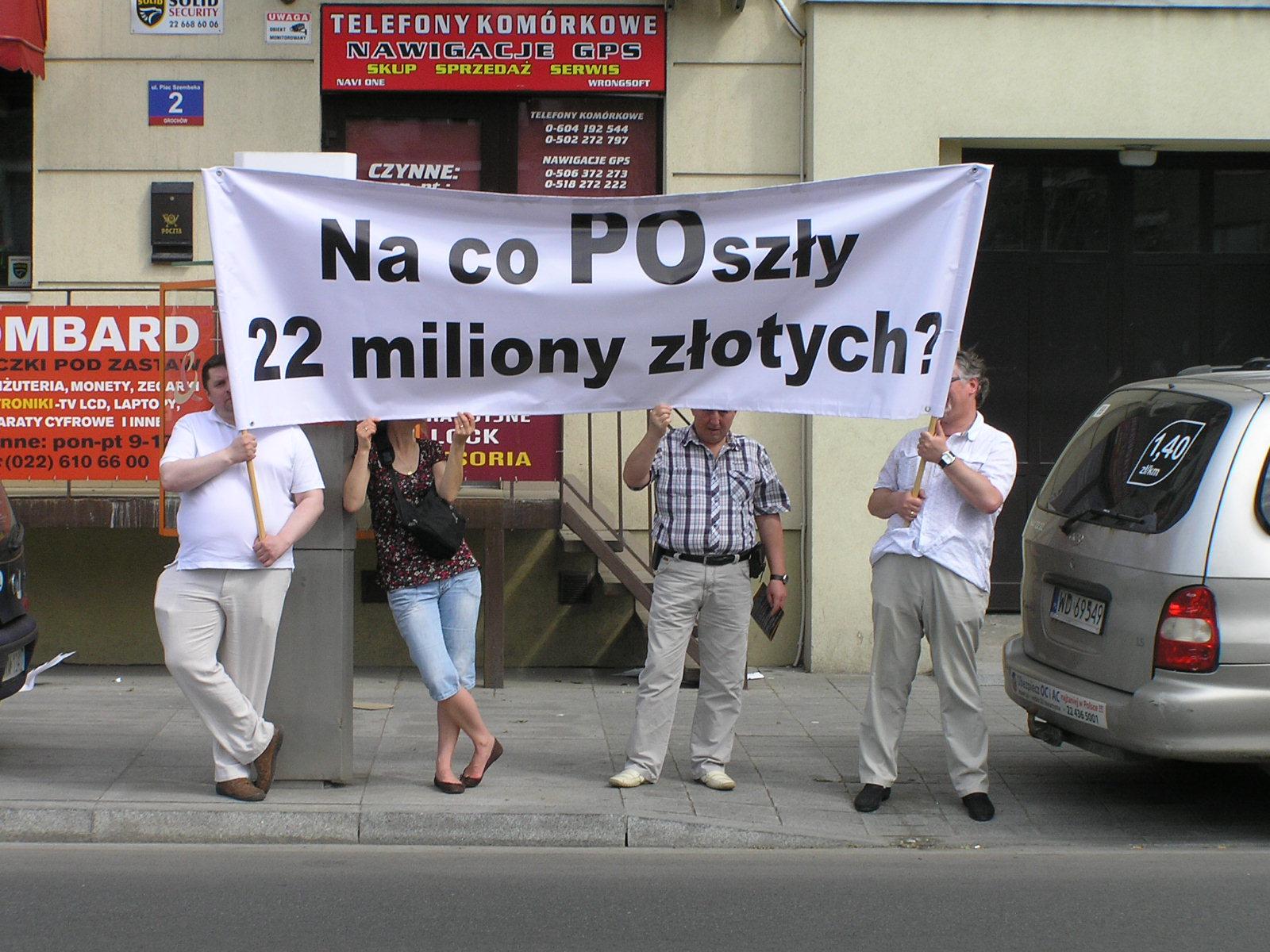 Pikieta mieszkańców na Placu Szembeka