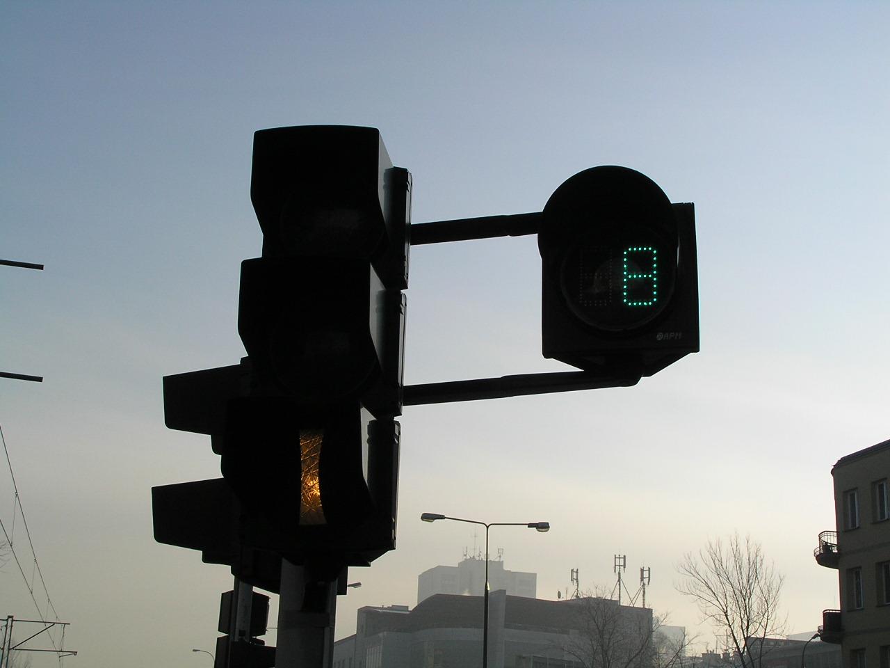 Z Grochowskiej zniknęły sekundniki - były niezgodne z prawem