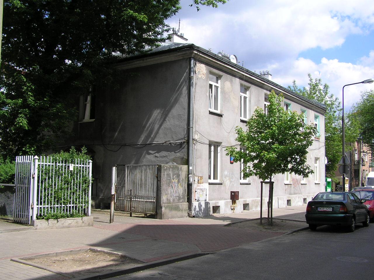 Kamienica przy ulicy Prochowej 22 na Grochowie