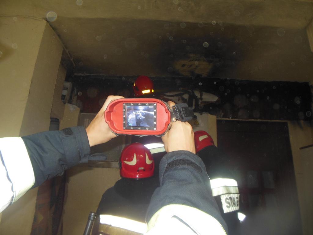 Pożar instalacji elektrycznej w budynku przy ulicy Różnowskiej