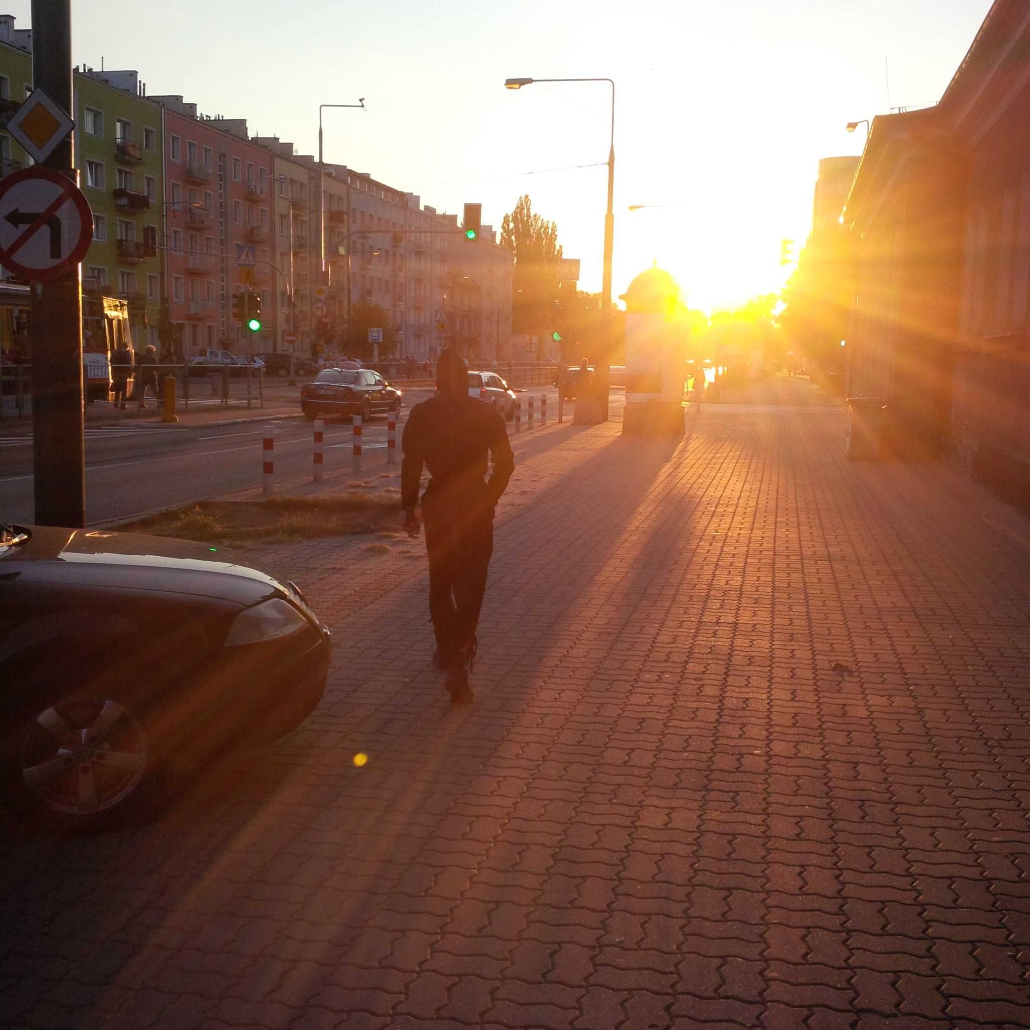 Grochowski Ninja w promieniach zachodzącego słońca