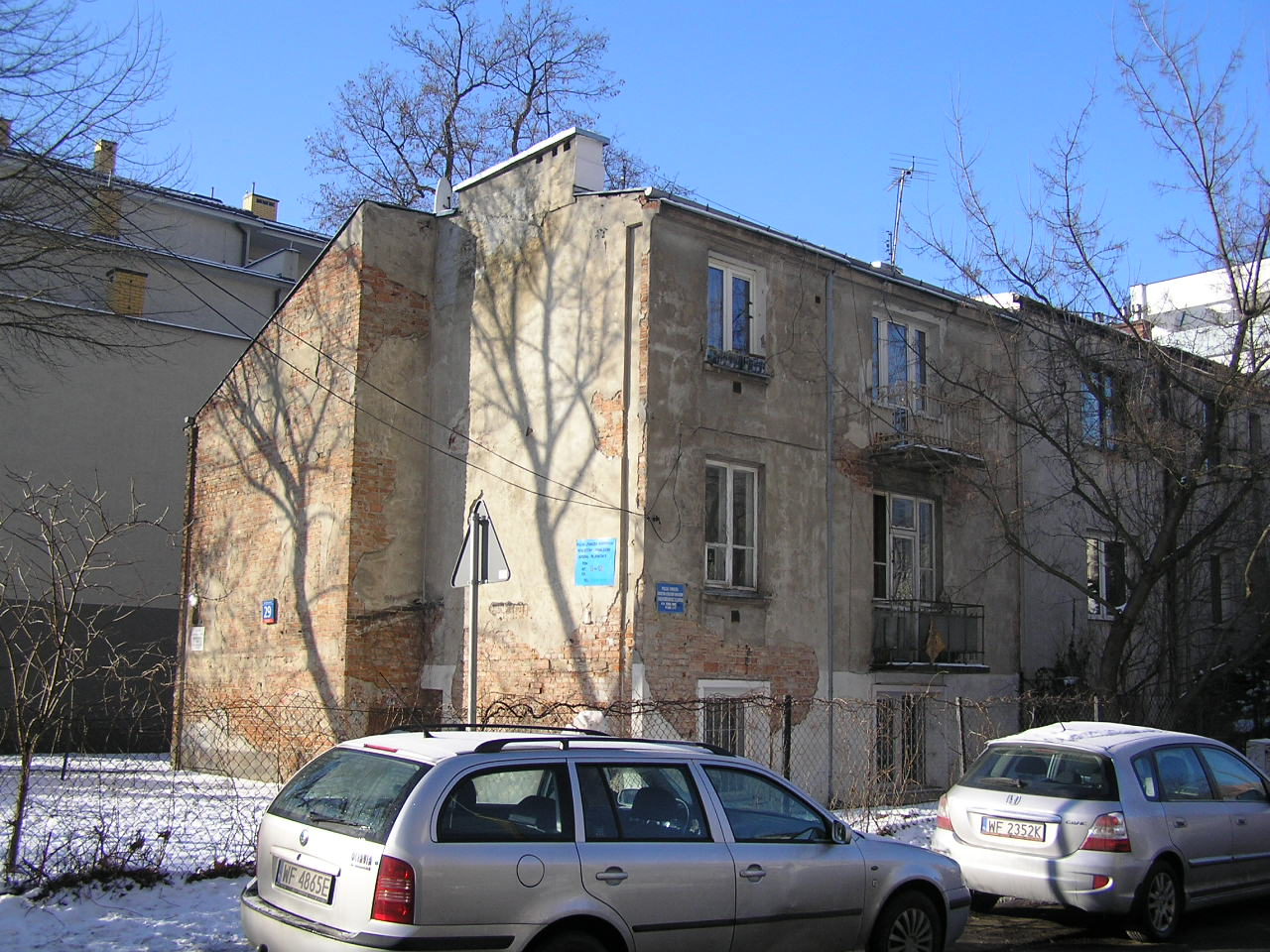 Kamienica przy ulicy Korytnickiej 29 na Grochowie