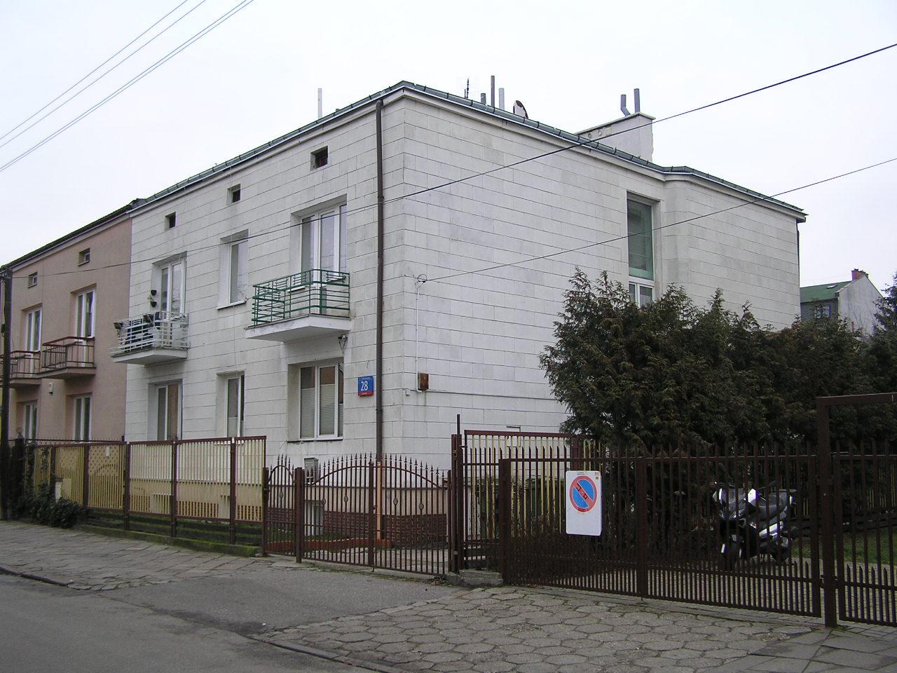Żółkiewskiego 28