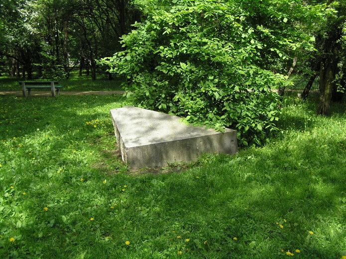 Porzucone fragmenty Pomnika Lotnika dostaną drugie życie