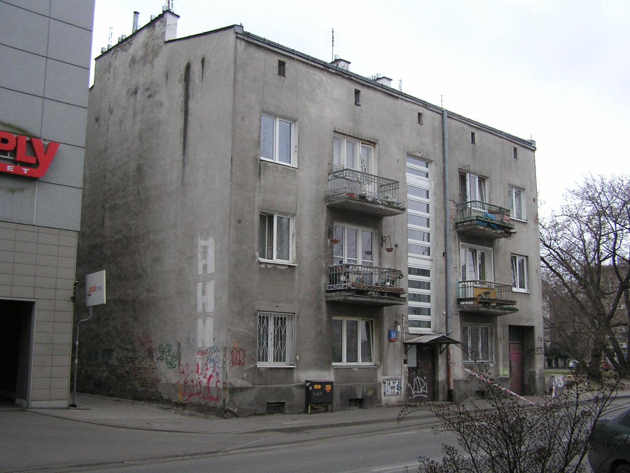 Kamiencia przy ulicy Kobielskiej 39 na Grochowie