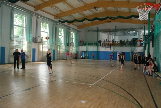 Otwarcie hali sportowej w XXIII LO im. Marii Skłodowskiej–Curie
