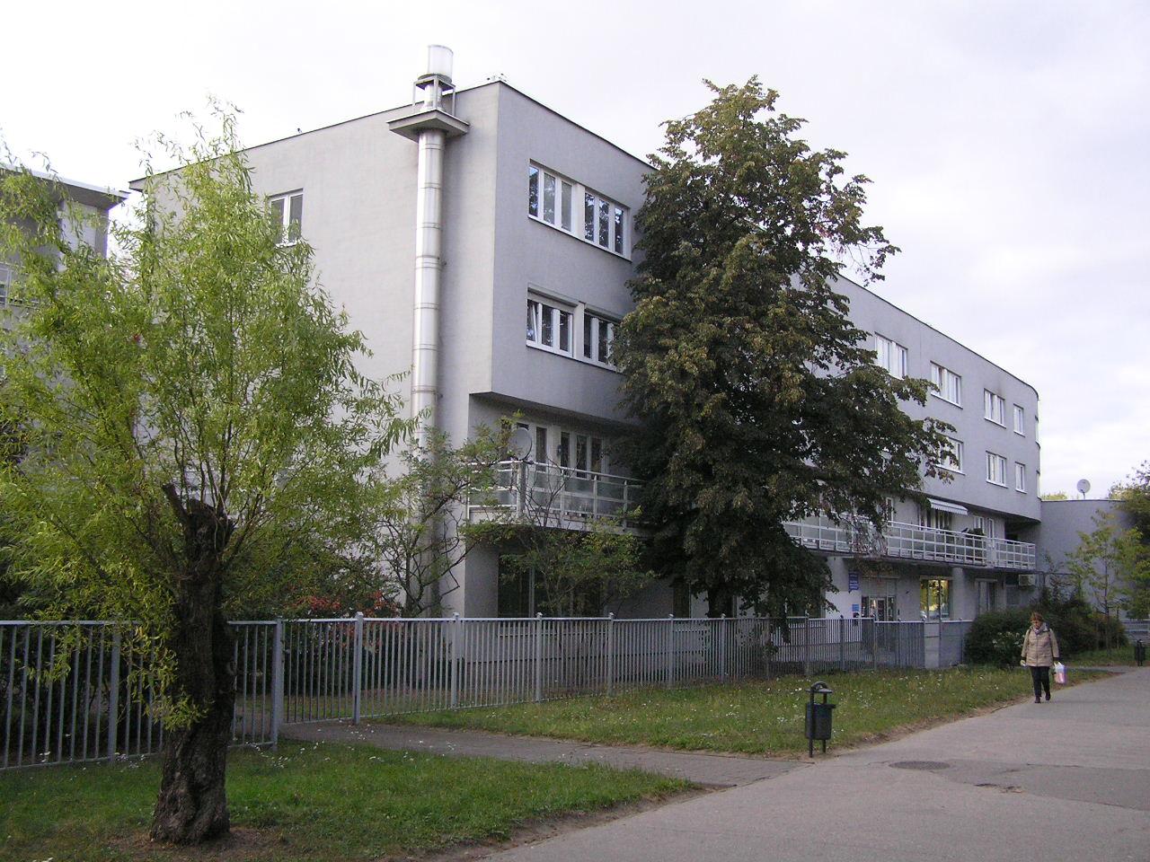 Tarnowiecka 7