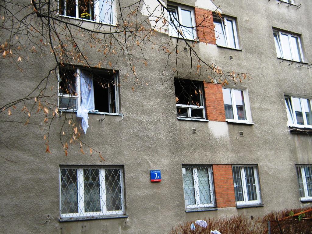 Wybuch gazu w budynku mieszkalnym na ul. Podskarbińskiej, fot. JRG 5