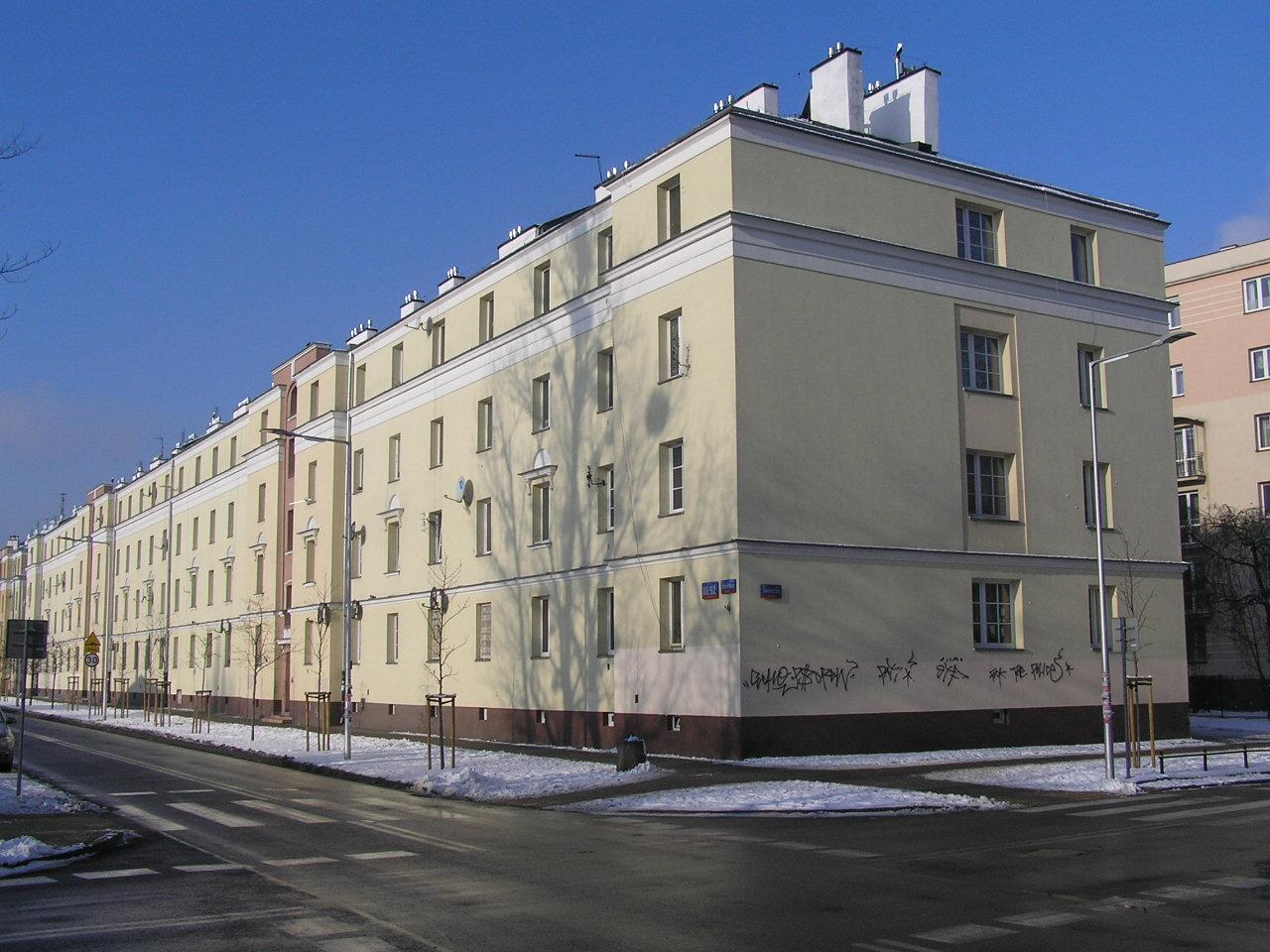 Budynek przy Kobielskiej 88/92 na Grochowie