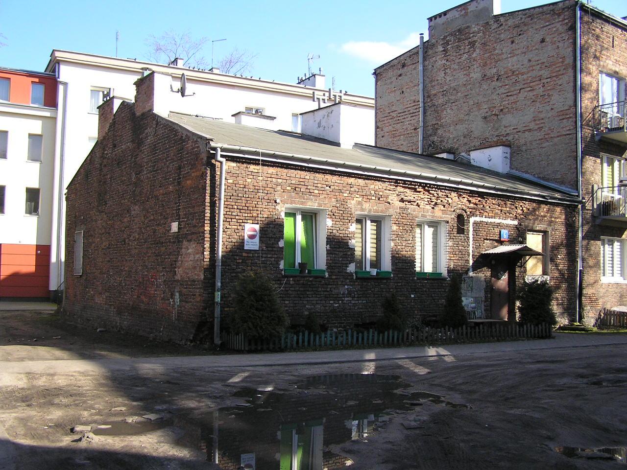 Dom przy ulicy Rębkowskiej 6 na Grochowie